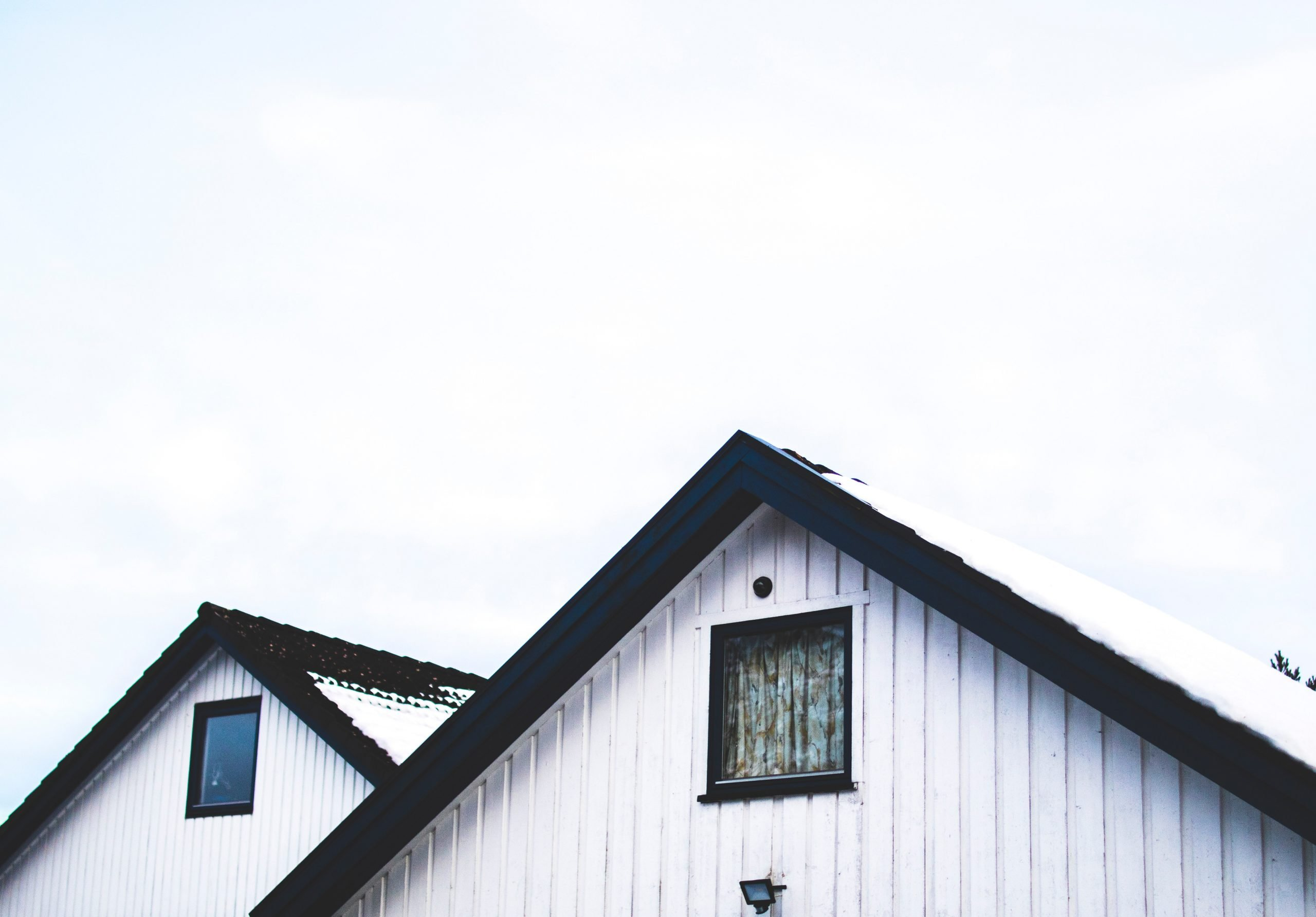 Check Your Siding for Dry Rot or Missing Paint